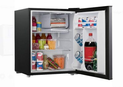 2.7 cubic foot stainless look compact dorm refrigerator_2